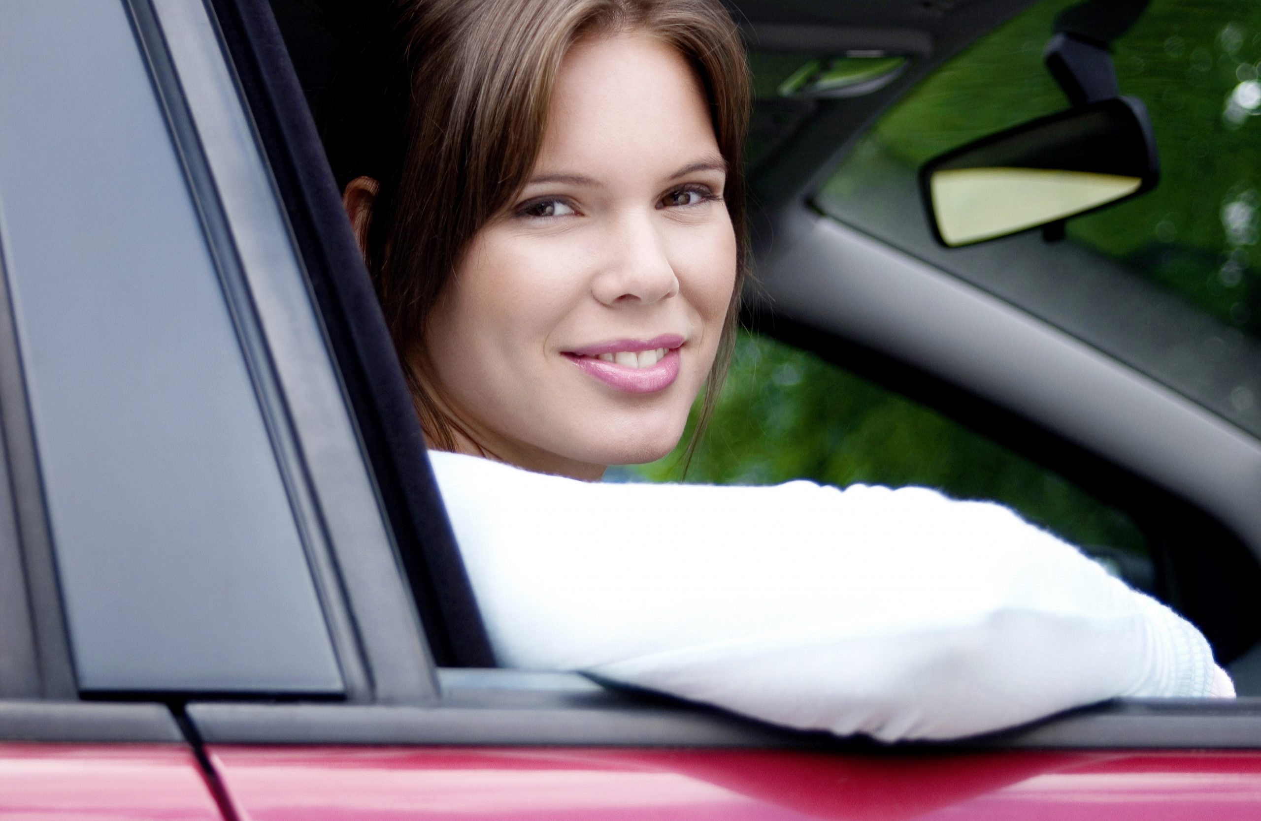 Multi-Car Insurance discounts Jacksonville IL happy driver photo